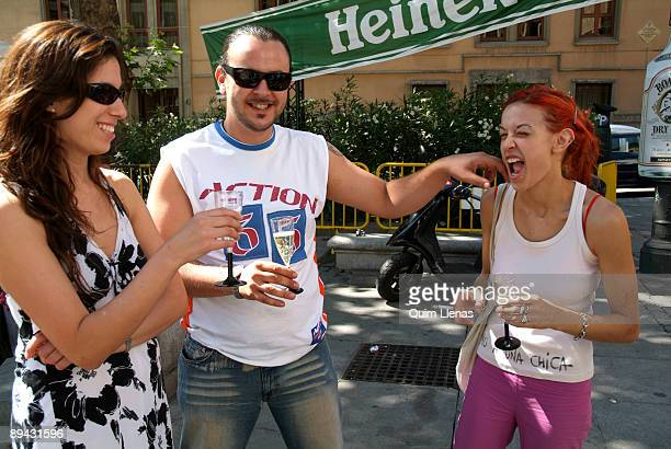 June 30 2005 Madrid Spain A group of gays and lesbians congregated by the Triangulo Foundation has met in the Plaza del Rey to toast for the approval...