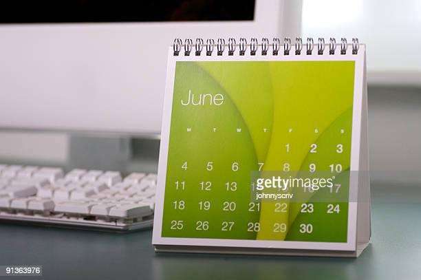6 月です。