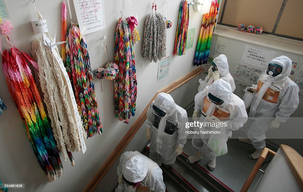 June122013/Noboru Hashimoto/FukushimaJapan A string of a thousand folded paper cranes which various peoples are hunging on the wall Tokyo nuclear...