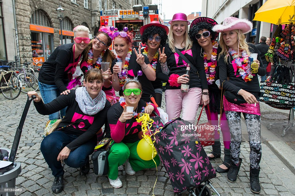 Junggesellenabschiedsfeier in der Innenstadt von Leipzig