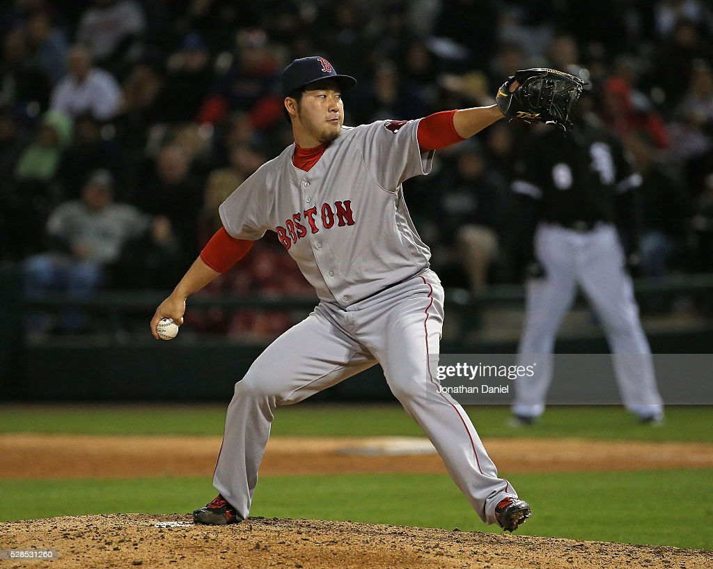 <a gi-track='captionPersonalityLinkClicked' href=/galleries/search?phrase=Junichi+Tazawa&family=editorial&specificpeople=4624306 ng-click='$event.stopPropagation()'>Junichi Tazawa</a> #36 of the Boston Red Sox pitches in the 7th inning against the Chicago White Sox at U.S. Cellular Field on May 5, 2016 in Chicago, Illinois.
