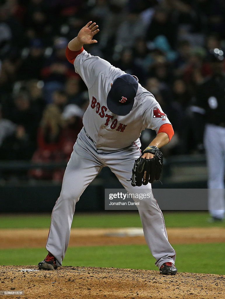 <a gi-track='captionPersonalityLinkClicked' href=/galleries/search?phrase=Junichi+Tazawa&family=editorial&specificpeople=4624306 ng-click='$event.stopPropagation()'>Junichi Tazawa</a> #36 of the Boston Red Sox prepares to pitch in the 7th inning against the Chicago White Sox at U.S. Cellular Field on May 5, 2016 in Chicago, Illinois.