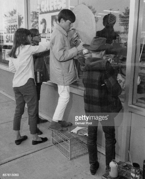 Junior High Students Decorate Window in Broadridge Shopping Center From left are Cherye Amidon Bruce Gillespie Tim McGee and Rusty Hild Credit Denver...