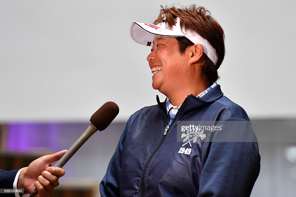 <a gi-track='captionPersonalityLinkClicked' href=/galleries/search?phrase=Junko+Omote&family=editorial&specificpeople=7313653 ng-click='$event.stopPropagation()'>Junko Omote</a> of Japan smiles after winning the during the Final round of the Resorttrust Ladies at the Grandee Naruto Golf Club XIV on May 29, 2016 in Naruto, Japan.