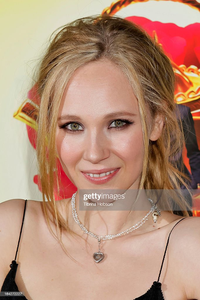 Juno Temple attends 'The Brass Teapot' Los Angeles special screening at ArcLight Hollywood on March 21, 2013 in Hollywood, California.