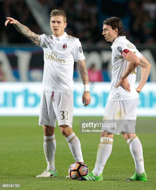 Juraj Kucka of AC Milan gestures during the Serie A match between Atalanta BC and AC Milan at Stadio Atleti Azzurri d'Italia on May 13 2017 in...