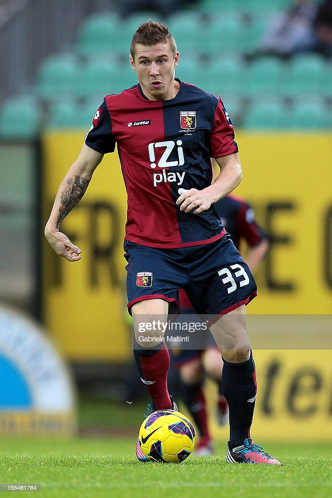 Juray Kucka of Genoa CFC in action during the Serie A match between AC Siena and Genoa CFC at Stadio Artemio Franchi on November 4, 2012 in Siena, Italy.