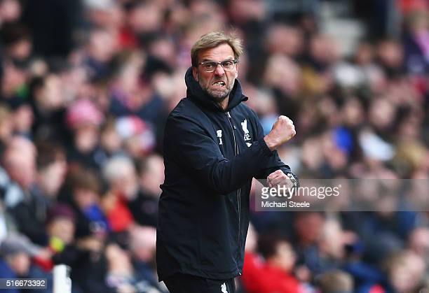 Jurgen Klopp manager of Liverpool celebrates during the Barclays Premier League match between Southampton and Liverpool at St Mary's Stadium on March...
