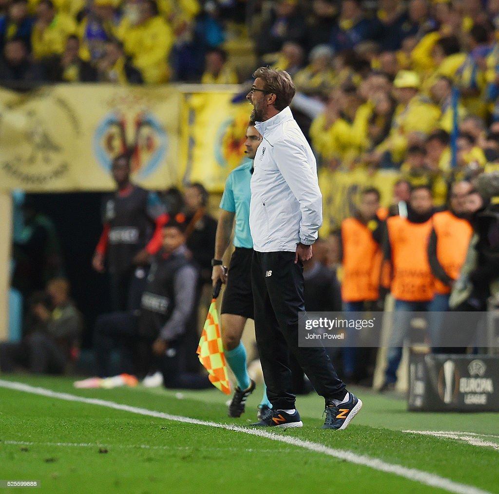 Jurgen Klopp manager of Liverpool during the UEFA Europa League Semi Final: First Leg match between Villarreal CF and Liverpool on April 28, 2016 in Villarreal, Spain.