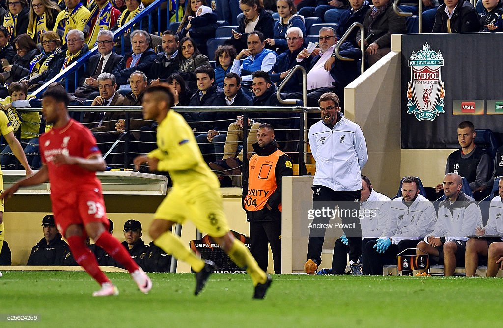 Jurgen Klopp manager of Liverpool during the UEFA Europa League Semi Final: First Leg match between Villarreal CF and Liverpool on April 28, 2016 in Villarreal, Spain.