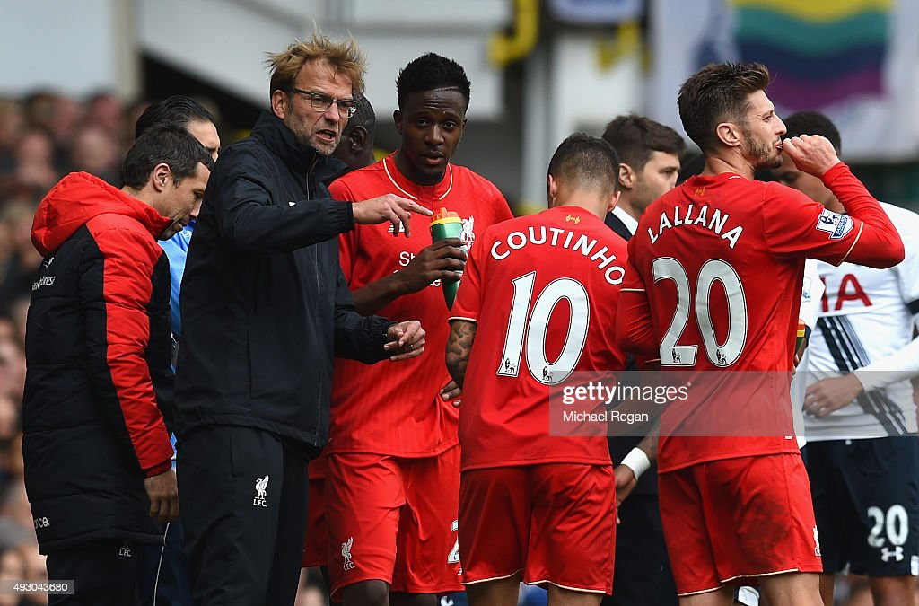 Jurgen Klopp, manager of Liverpool instructs his players during the Barclays Premier League match between Tottenham Hotspur and Liverpool at White Hart Lane on October 17, 2015 in London, England.
