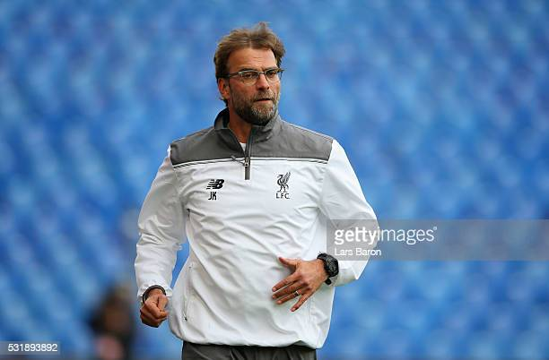 Jurgen Klopp manager of Liverpool looks on during a Liverpool training session on the eve of the UEFA Europa League Final against Sevilla at St...