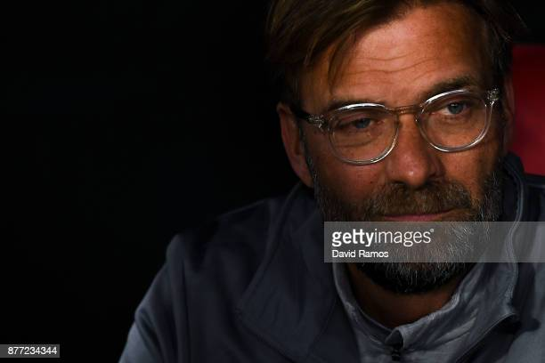 Jurgen Klopp Manager of Liverpool looks on prior to the UEFA Champions League group E match between Sevilla FC and Liverpool FC at Estadio Ramon...