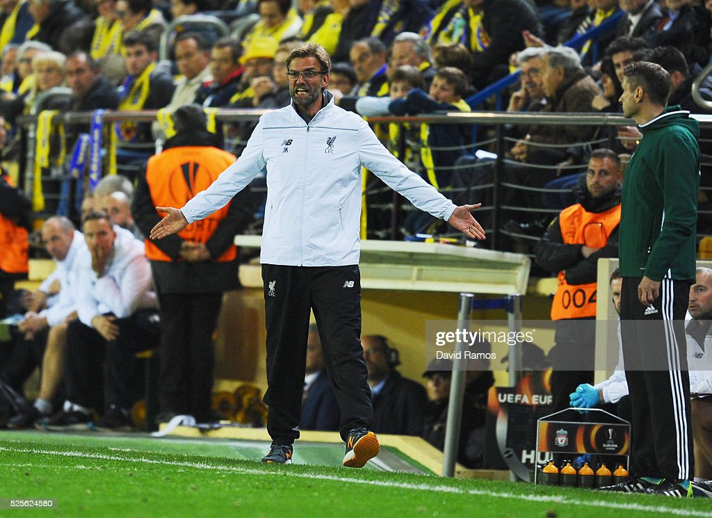 Jurgen Klopp manager of Liverpool reacts during the UEFA Europa League semi final first leg match between Villarreal CF and Liverpool at Estadio El Madrigal on April 28, 2016 in Villarreal, Spain.