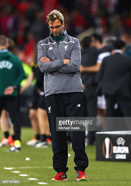 Jurgen Klopp manager of Liverpool shows his dejection at the final whistle of the UEFA Europa League Final match between Liverpool and Sevilla at St...