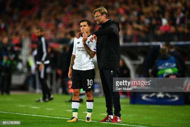 Jurgen Klopp Manager of Liverpool speaks to Philippe Coutinho of Liverpool during the UEFA Champions League group E match between Spartak Moskva and...