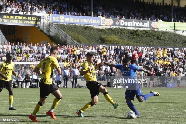 Jurgen Locadia of PSV during the Dutch Eredivisie match between VVV Venlo and PSV Eindhoven at Seacon stadium De Koel on October 15 2017 in Venlo The...
