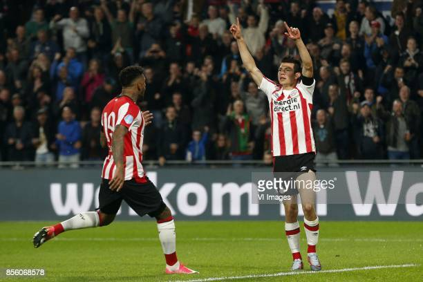 Jurgen Locadia of PSV Hirving Lozano of PSV during the Dutch Eredivisie match between PSV Eindhoven and Willem II at the Phillips stadium on...