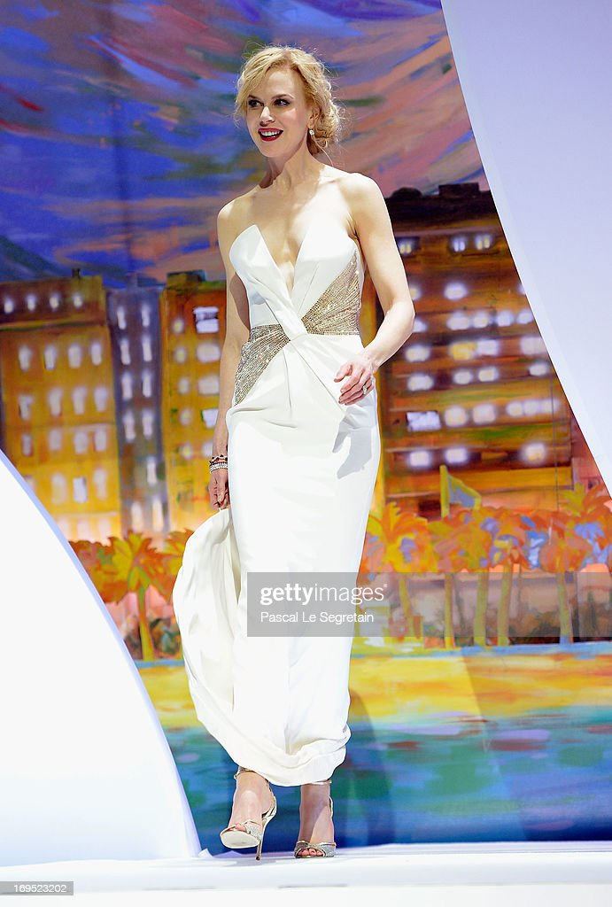 Jury member and actress Nicole Kidman arrives on stage at the Inside Closing Ceremony during the 66th Annual Cannes Film Festival at the Palais des Festivals on May 26, 2013 in Cannes, France.
