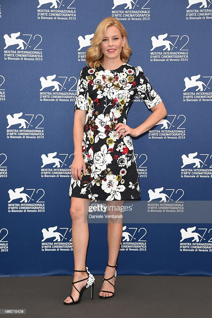 Jury member <a gi-track='captionPersonalityLinkClicked' href=/galleries/search?phrase=Elizabeth+Banks&family=editorial&specificpeople=202475 ng-click='$event.stopPropagation()'>Elizabeth Banks</a> attends the Venezia 72 Jury Photocall during the 72nd Venice Film Festival on September 2, 2015 in Venice, Italy.