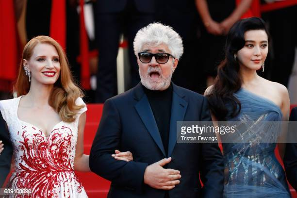 Jury member Jessica Chastain President of the jury Pedro Almodovar and jury member Fan Bingbing attend the Closing Ceremony of the 70th annual Cannes...