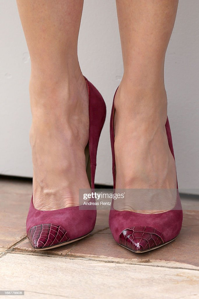 Jury member Nicole Kidman (shoe detail) attends the Jury Photocall during the 66th Annual Cannes Film Festival at the Palais des Festivals on May 15, 2013 in Cannes, France.