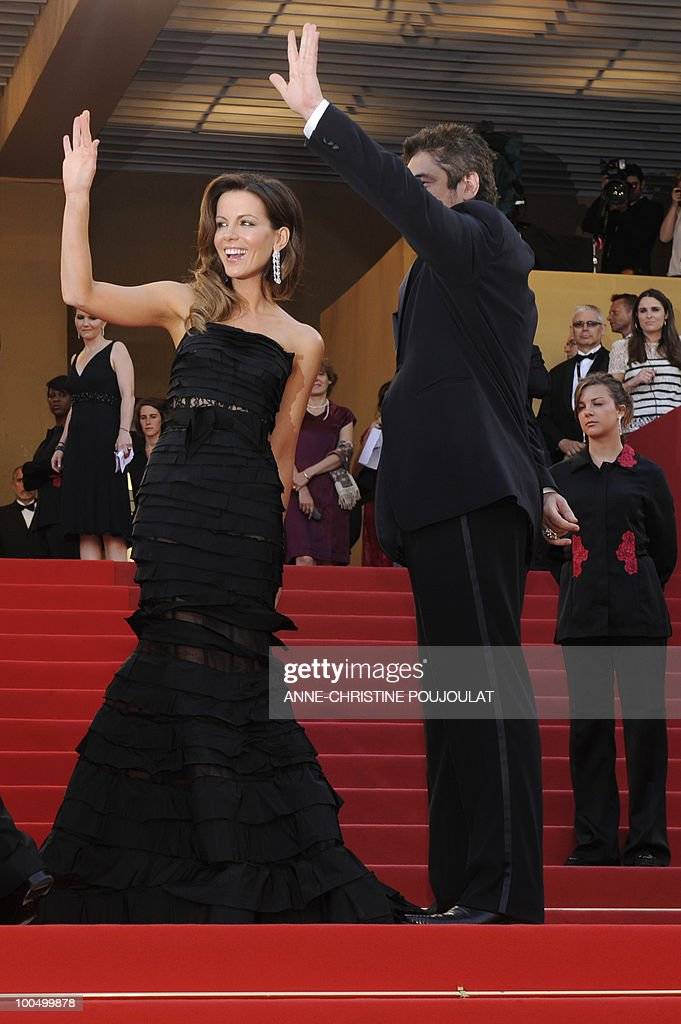 Jury members British actress Kate Beckinsale and Puerto Rican actor Benicio Del Toro arrive for the closing ceremony at the 63rd Cannes Film Festival on May 23, 2010 in Cannes.