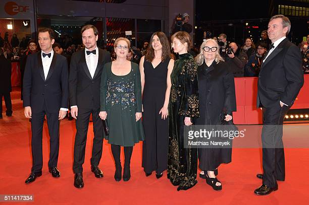 Jury members Clive Owen Lars Eidinger Meryl Streep Malgorzata Szumowska Alba Rohrwacher Brigitte Lacombe and Nick James attend the closing ceremony...