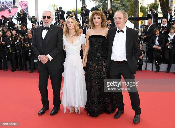 Jury members Donald Sutherland Vanessa Paradis Valeria Golino and Arnaud Desplechin attend 'The Last Face' Premiere during the 69th annual Cannes...