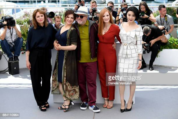 Jury members Maren Ade Agnes Jaoui President of the jury Pedro Almodovar jury members Jessica Chastain and Fan Bingbing attend the Jury photocall...