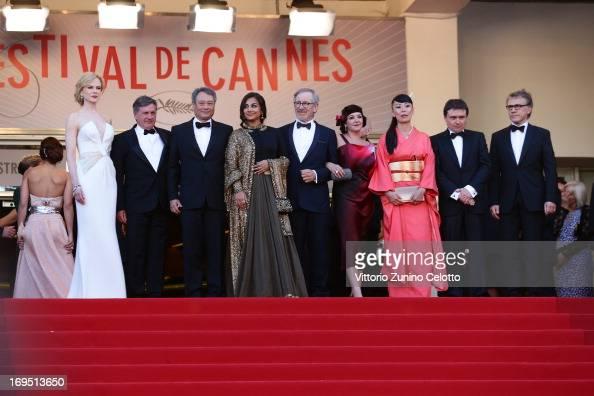 Jury members Nicole Kidman Daniel Auteuil Ang Lee and Vidya Balan jury president Steven Spielberg and jury members Lynne Ramsay Naomi Kawase Cristian...