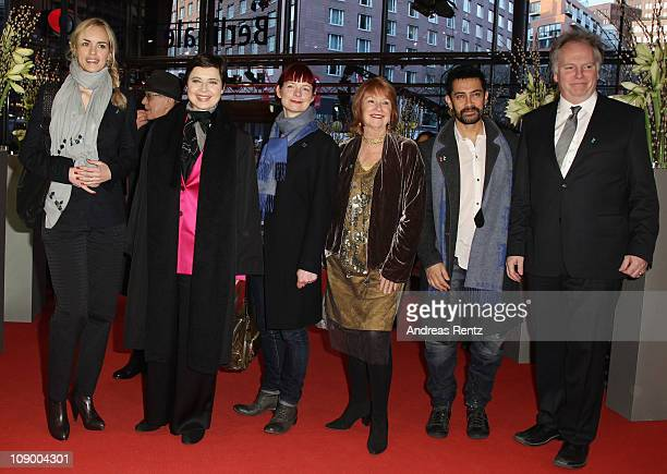 Jury members Nina Hoss Isabella Rossellini Sandy Powell Jan Chapman Aamir Khan and Guy Maddin attend the 'Jafar Panahi Filmmaker Of The World'...