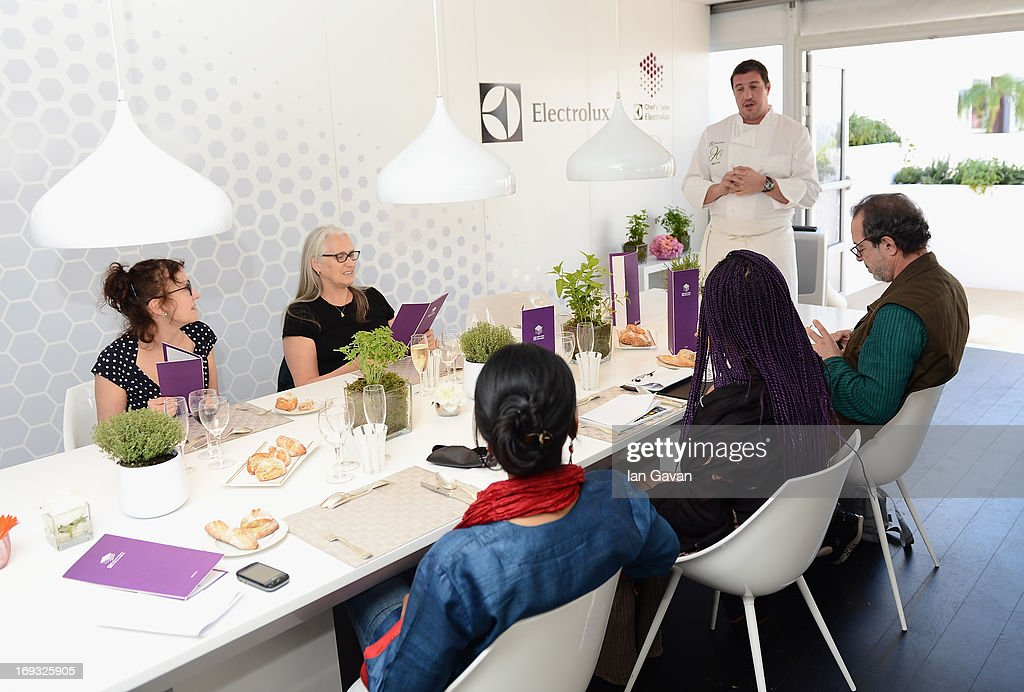 Jury members Semih Kaplanoglu, Maji-Da Abdi, Nicoletta Braschi, Jury president Jane Campion and jury member Nandita Das of the Cinefondation Jury attend Chef's Table by Electrolux with Claude Bosi at Electrolux Agora Pavilion on May 23, 2013 in Cannes, France.