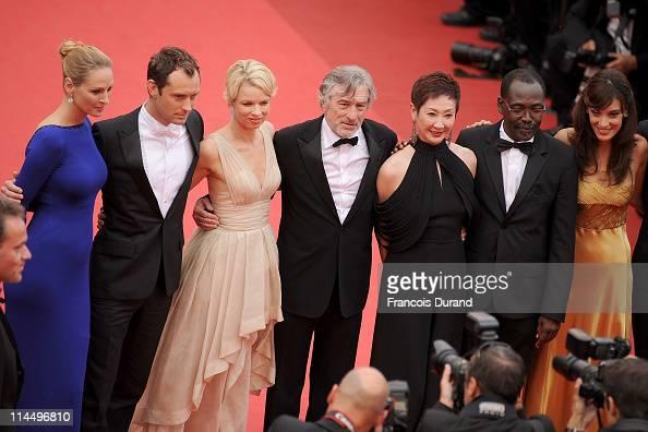 Jury Members Uma Thurman Jude Law Linn Ullmann President Robert De Niro Nansun Shi MahamatSaleh Haroun and Martina Gusman attend the 'Les BienAimes'...