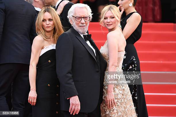 Jury members Vanessa Paradis Donald Sutherland and Kirsten Dunst attend the closing ceremony of the 69th annual Cannes Film Festival at the Palais...