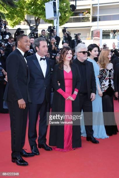 Jury members Will Smith Paolo Sorrentino Agnes Jaoui President of the jury Pedro Almodovar and jury members Fan Bingbing and Jessica Chastain attend...