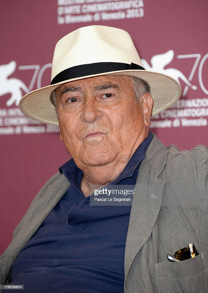 Jury president <a gi-track='captionPersonalityLinkClicked' href=/galleries/search?phrase=Bernardo+Bertolucci&family=editorial&specificpeople=228513 ng-click='$event.stopPropagation()'>Bernardo Bertolucci</a> attends the International Jury Photocall during the 70th Venice International Film Festival at the Palazzo del Casino on August 28, 2013 in Venice, Italy.