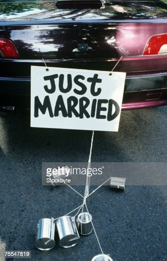 Just Married sign on back of car