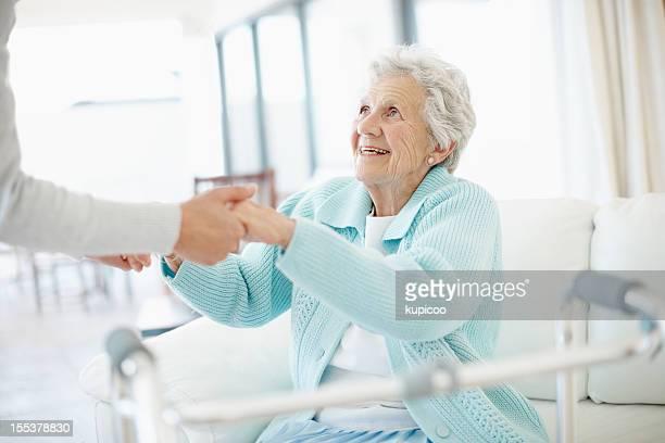 Ich möchte nur ein bisschen Hilfe-Senior Pflege