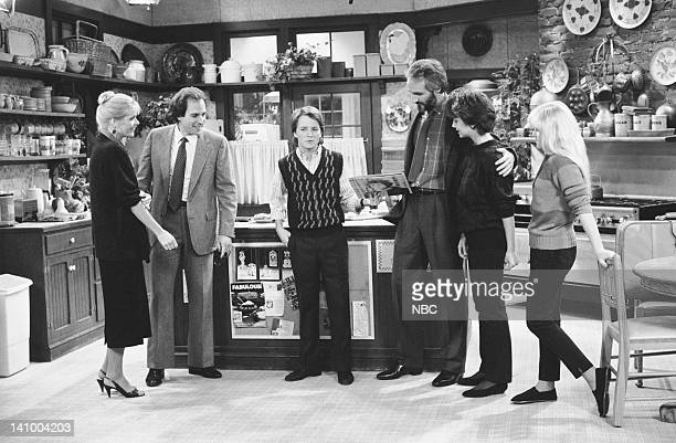 TIES 'Just One Look' Episode 9 Aired 12/5/85 Pictured Meredith Baxter as Elyse Keaton Robert Desiderio as Richard Schofield Michael J Fox as Alex P...