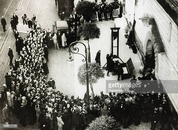 17th June 1939 The scene at St Pierre Prison at Versailles as murderer Eugen Weidmann is about to be executed by guillotine in front of a large crowd