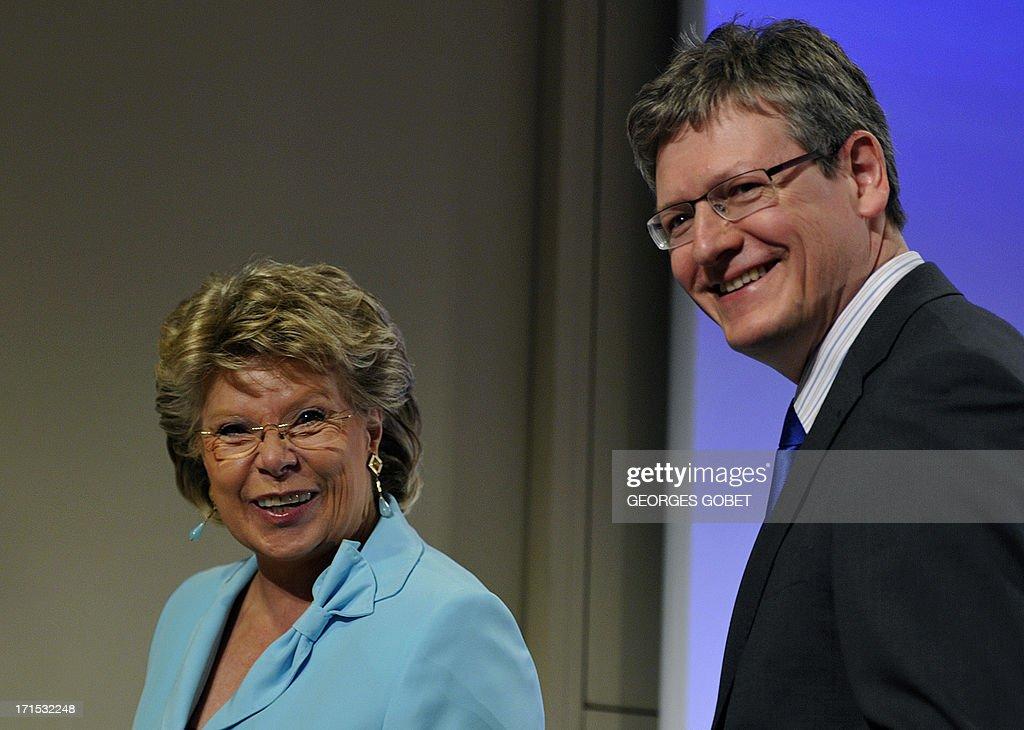EU justice commissioner Viviane Reding and EU social affairs commissioner Laszlo Andor arrive on June 26 2013 to present a progress report at the EU...