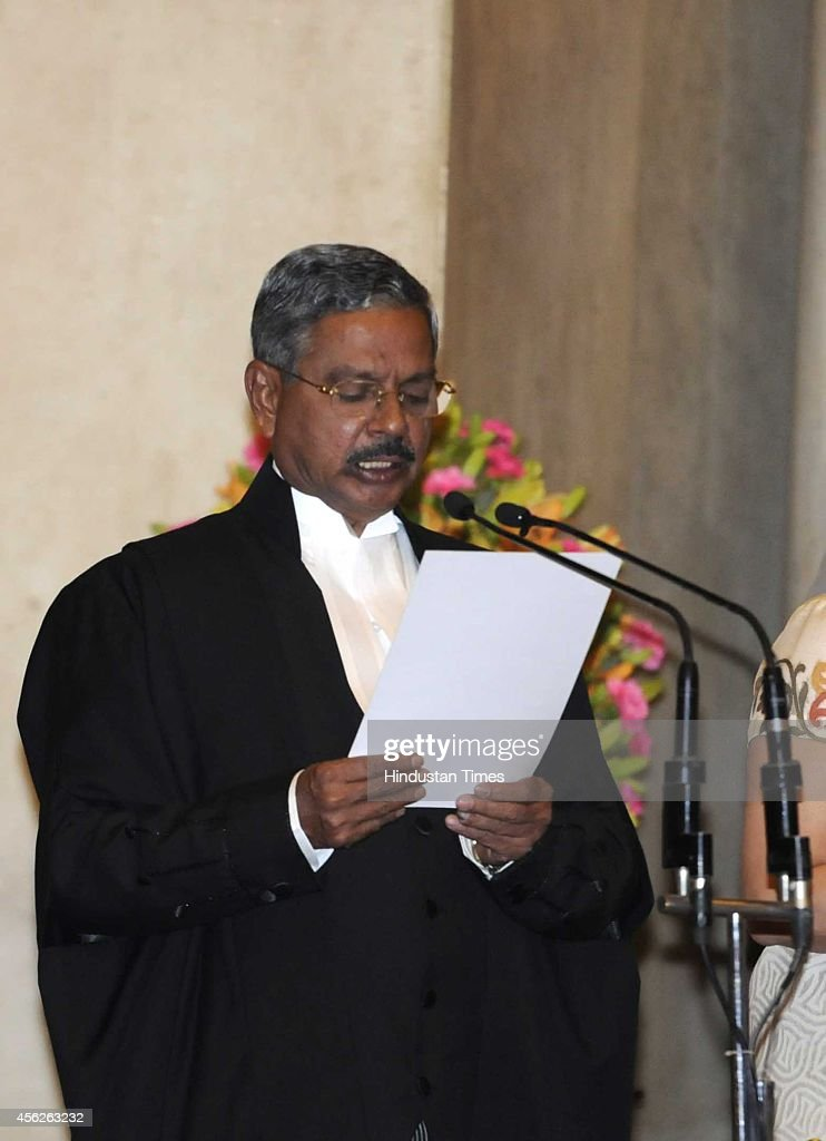 Justice H L Dattu swear in the chief justice of India administered the oath of by President Pranab Mukherjee at Rashtrapati Bhavan on September 28...