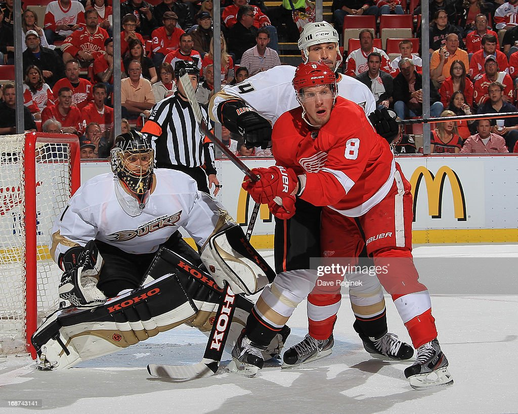 Anaheim Ducks v Detroit Red Wings - Game Six