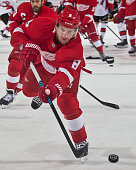Justin Abdelkader of the Detroit Red Wings shoots the puck in warmups prior to the NHL game against the Ottawa Senators on November 24 2014 at Joe...