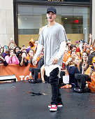 Justin Beiber performs on NBC's 'Today' at Rockefeller Plaza on September 10 2015 in New York City