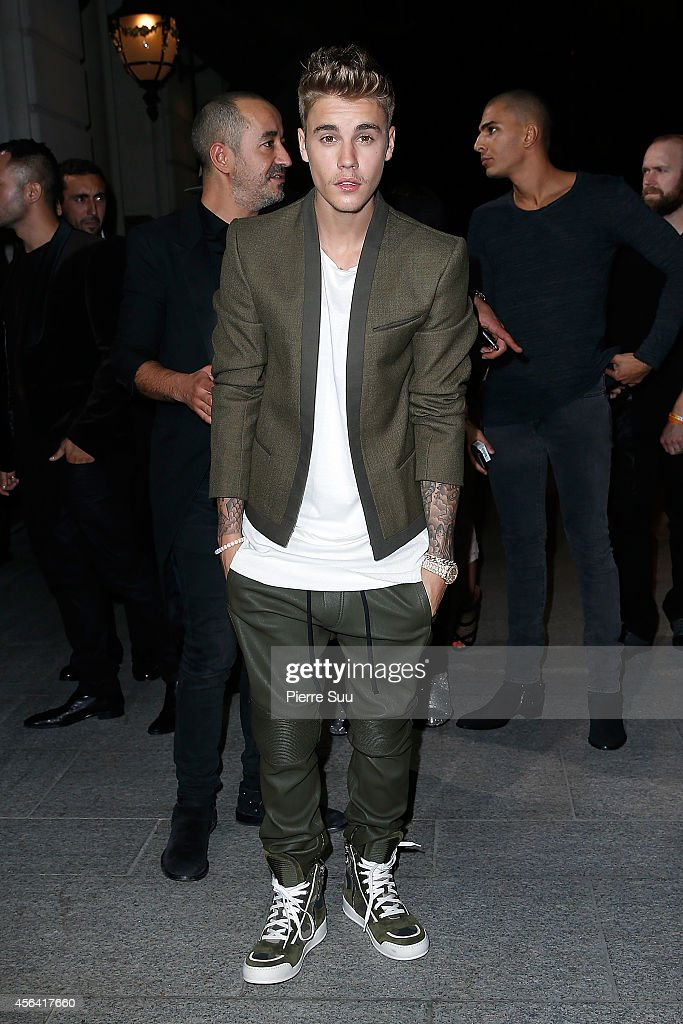 <a gi-track='captionPersonalityLinkClicked' href=/galleries/search?phrase=Justin+Bieber&family=editorial&specificpeople=5780923 ng-click='$event.stopPropagation()'>Justin Bieber</a> attends the CR Fashion Book Issue N°5 launch party as part of the Paris Fashion Week Womenswear Spring/Summer 2015 on September 30, 2014 in Paris, France.
