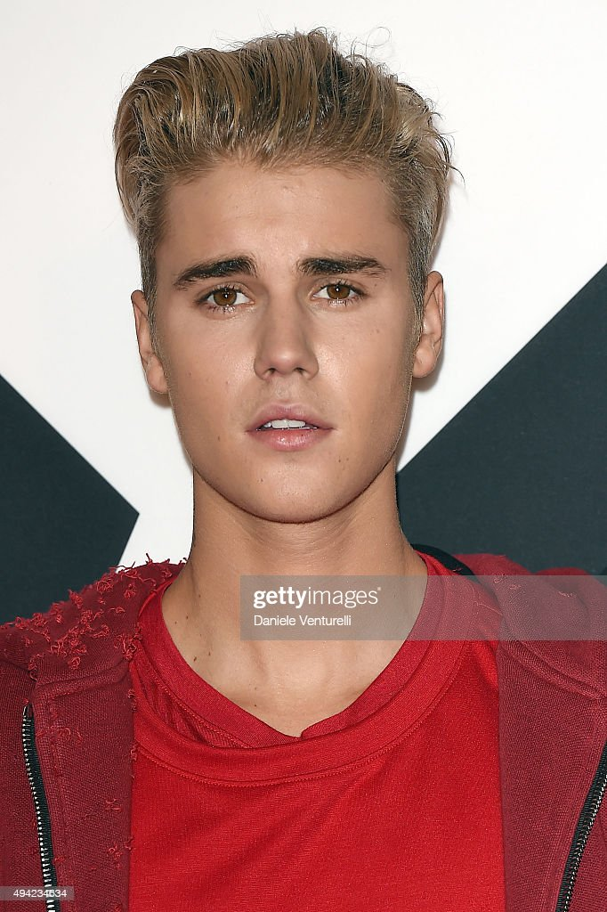 <a gi-track='captionPersonalityLinkClicked' href=/galleries/search?phrase=Justin+Bieber&family=editorial&specificpeople=5780923 ng-click='$event.stopPropagation()'>Justin Bieber</a> attends the MTV EMA's 2015 at Mediolanum Forum on October 25, 2015 in Milan, Italy.