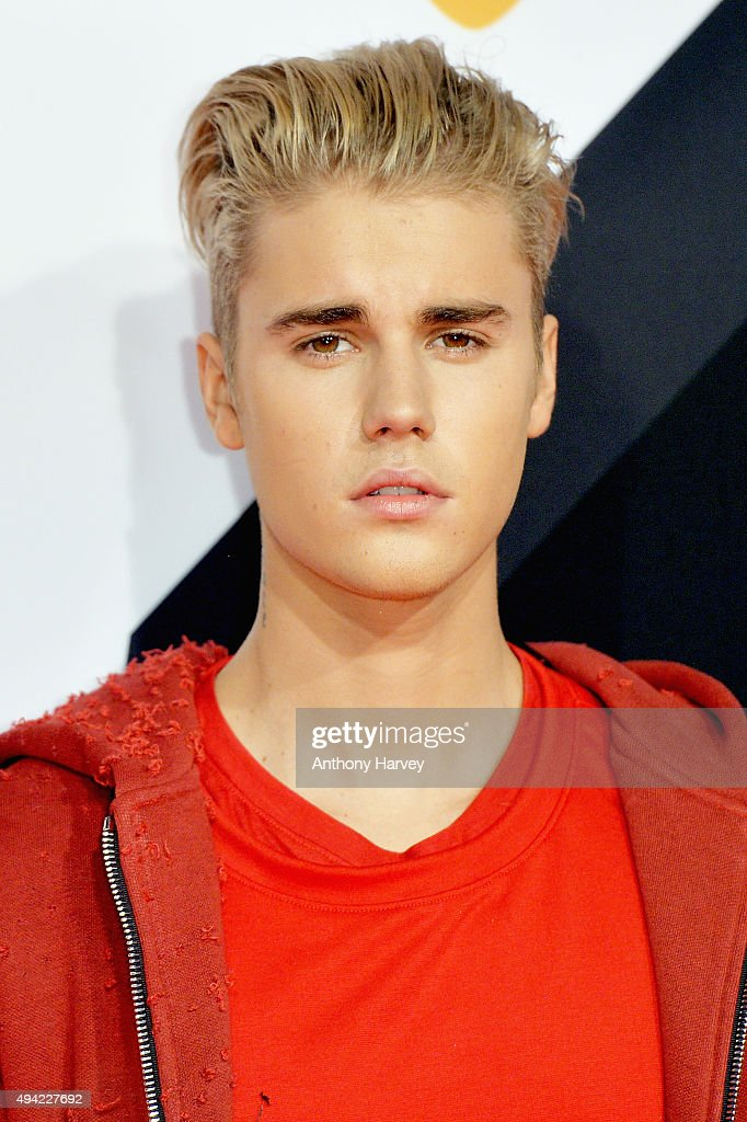<a gi-track='captionPersonalityLinkClicked' href=/galleries/search?phrase=Justin+Bieber&family=editorial&specificpeople=5780923 ng-click='$event.stopPropagation()'>Justin Bieber</a> attends the MTV EMA's 2015 at the Mediolanum Forum on October 25, 2015 in Milan, Italy.