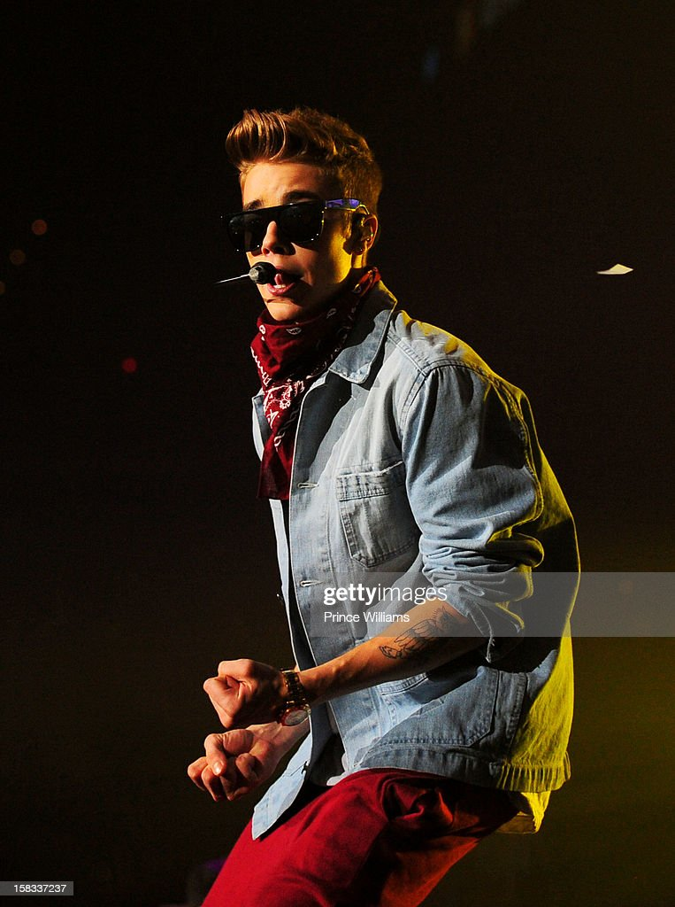 <a gi-track='captionPersonalityLinkClicked' href=/galleries/search?phrase=Justin+Bieber&family=editorial&specificpeople=5780923 ng-click='$event.stopPropagation()'>Justin Bieber</a> performs during Power 96.1's Jingle Ball 2012 at Phillips Arena on December 12, 2012 in Atlanta, Georgia.